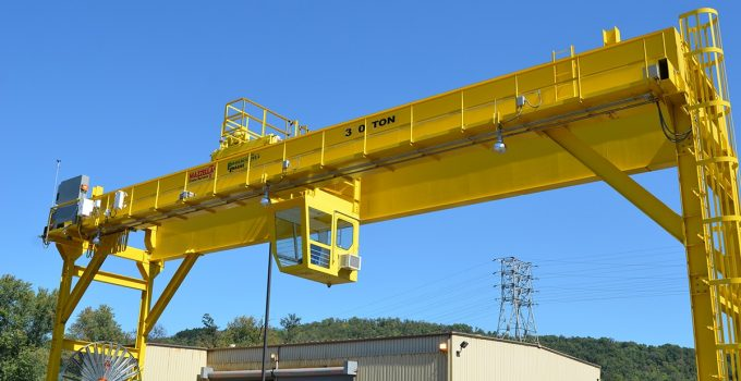 5 Tips for Building Your Own Gantry Crane – 2021 DIY Guide