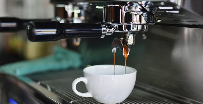 Is it Profitable to Buy a Coffee Shop Franchise In 2021