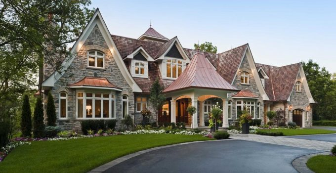 Why Is Now a Great Time to Buy Real Estate in Oakville – 2021 Guide