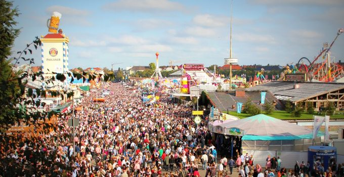 What to Wear for Your First Oktoberfest?