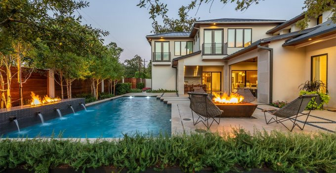Is It Cheaper To Maintain Your Own Pool?