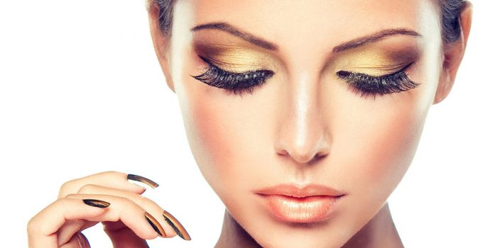 6 Tips for Taking Care of Your Eyelash Extensions – 2021 Guide