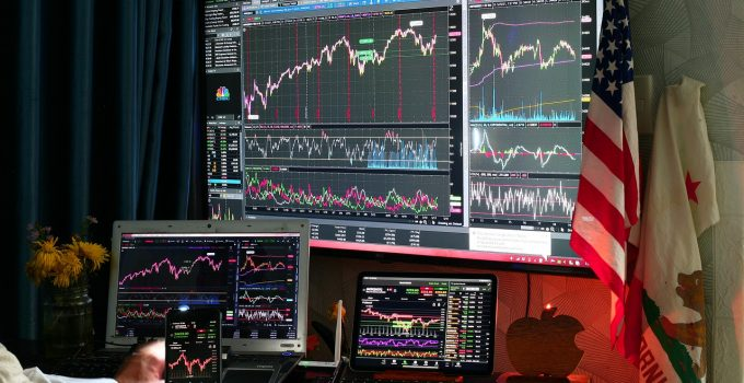 What Qualifications You need to be a Successful Trader