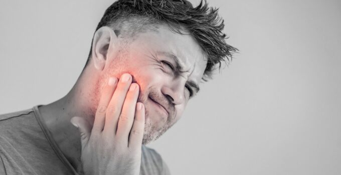 5 Ways to Handle Wisdom Tooth Pain – 2021 Guide
